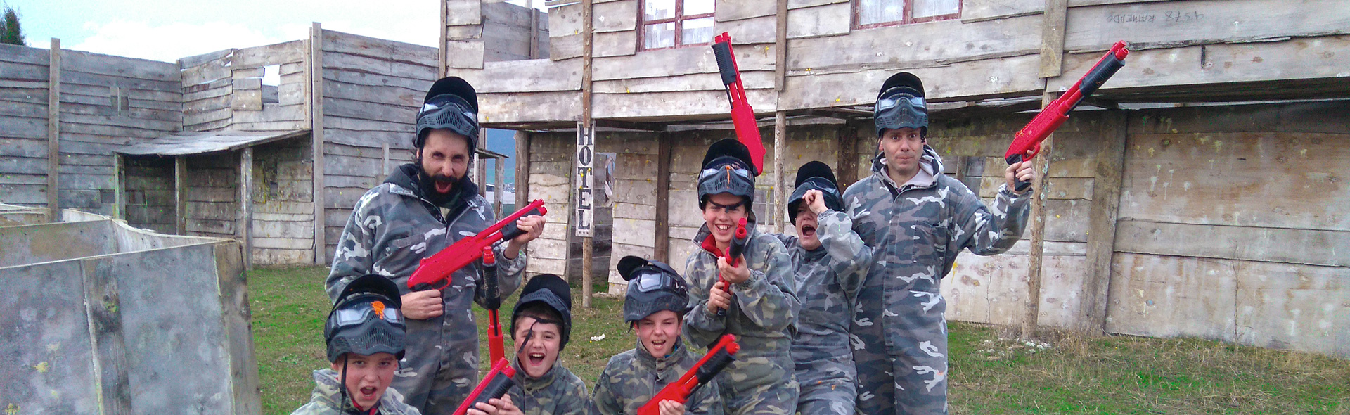 paintball para niños en Pamplona